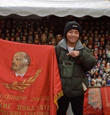 <center><b>Китайцы хотят увидеть места ссылки Ленина</center></b>