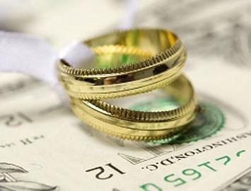 <center><b>С разводящихся американцев стрясут деньги за свадьбу</center></b>
