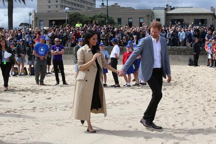 Меган Маркл запретили держаться за принца Гарри
