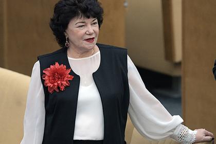 Госдума предложила снизить цены на цветы