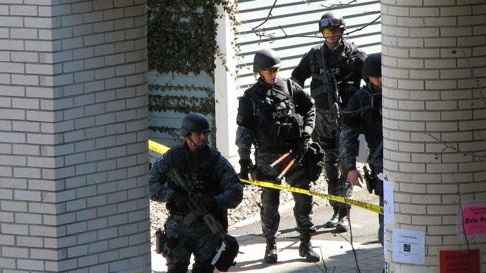 Американские копы арестовали друг друга
