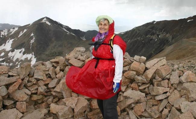 Бабуля взобралась на Килиманджаро