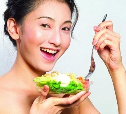 <center><b>Китайцы учатся худеть по пособию</center></b>