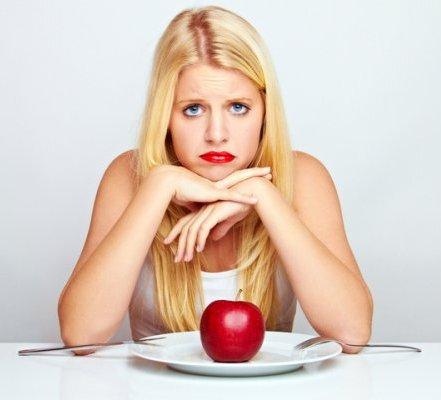 <center><b>Ученые советуют не слезать с диет год</center></b>