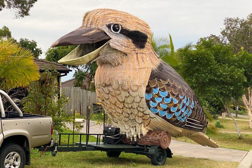 Австралийский скульптор создал 750-килограммовую кукубару
