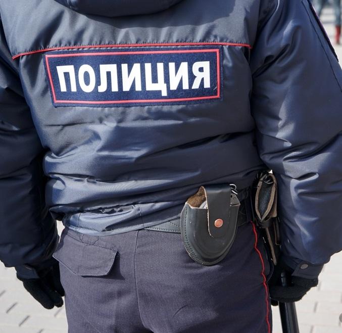 <center><b>Полицейский два месяца делал вид, что работает</center></b>